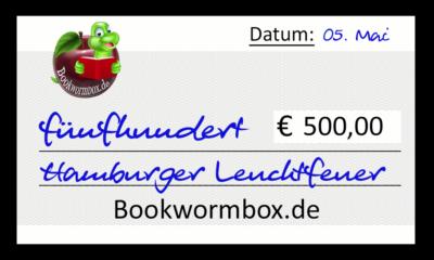 Scheck für das Hamburger Leuchtfeuer